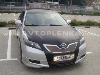 Тюнинг и защита Toyota Camry чёрной матовой плёнкой
