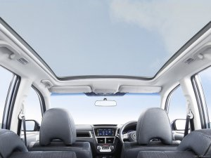 Панорамная или стеклянная крыша на авто